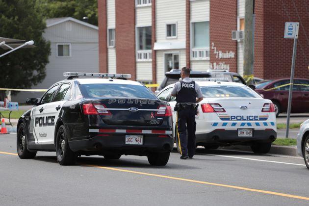 캐나다에서 총격 사건으로 최소 4명 사망