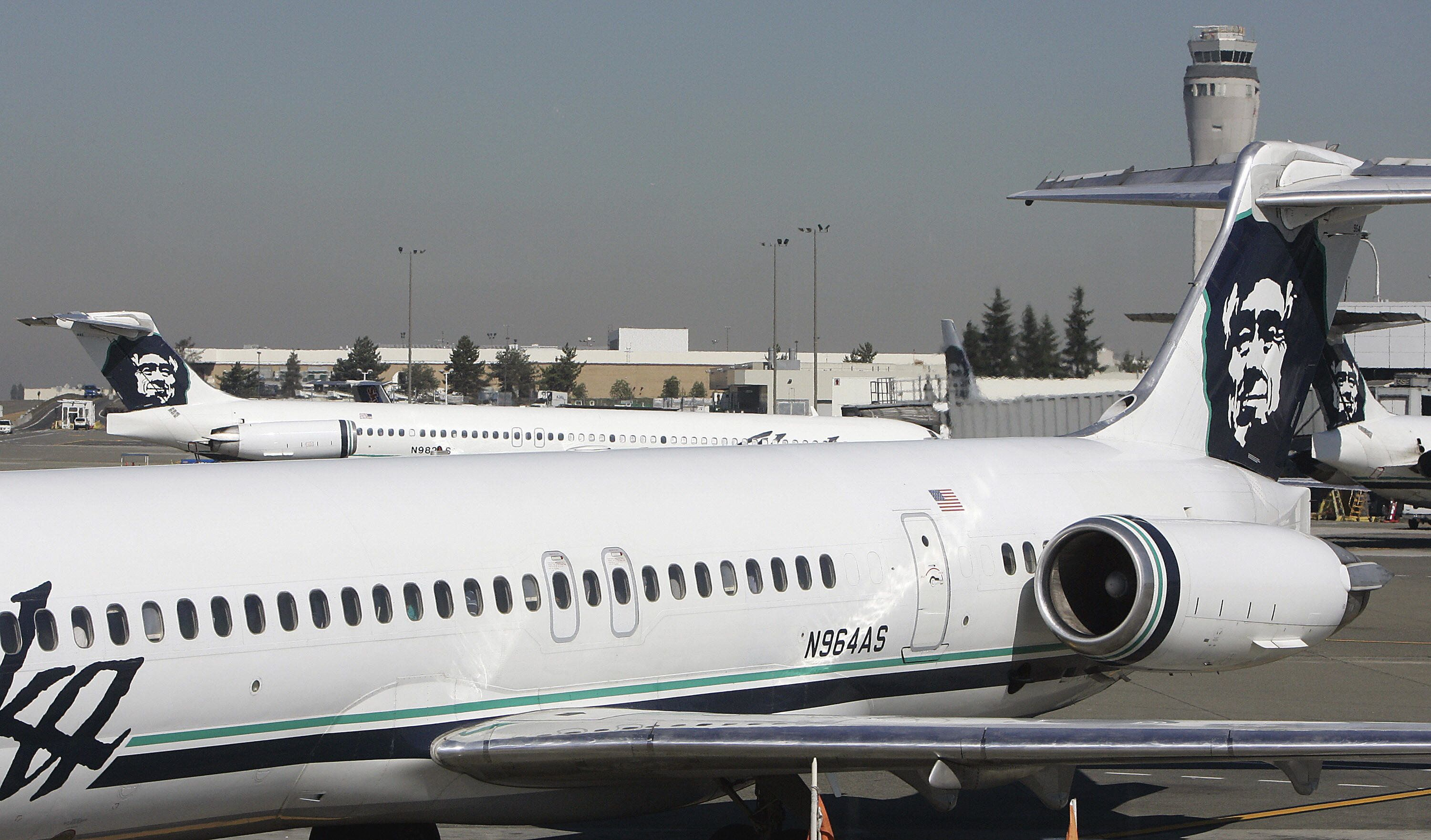Airline employee crashes stolen plane in Seattle after being chased by jets