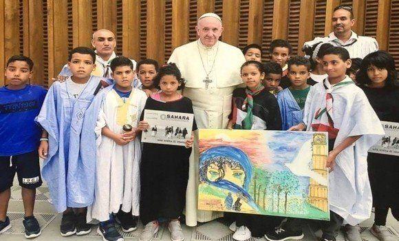 Le pape François reçoit des enfants sahraouis au