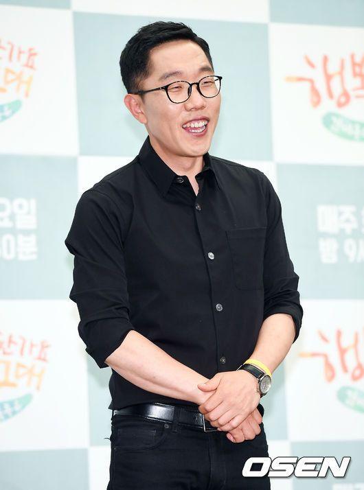김제동, KBS 시사토크쇼 MC 확정..노조