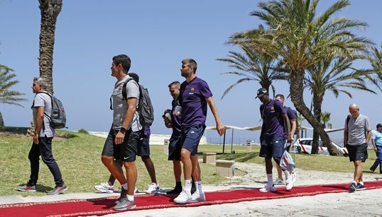 Supercoupe: les joueurs du FC Barcelone et du FC Séville se préparent à