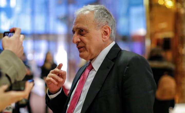 Carl Paladino, a big Trump ally, plans to run for Congress.