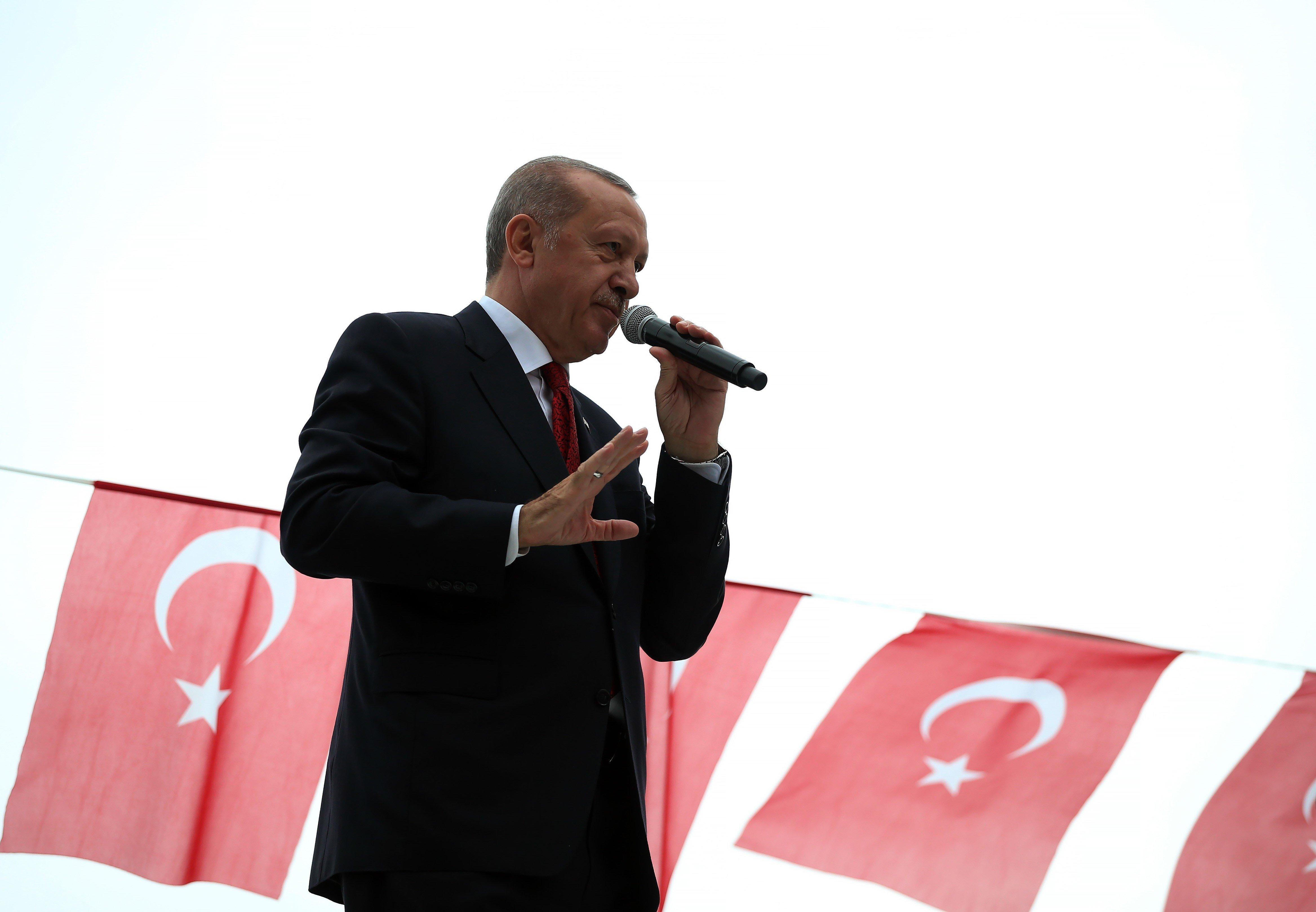 터키가 '경제전쟁' 미국을 비난하며 '동맹 깰 수도 있다'고 위협하다