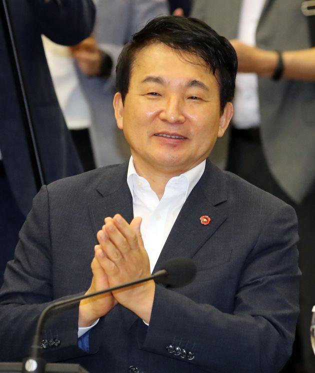 """원희룡이 비자림로를 """"아름다운 생태도로로 만들겠다""""고"""
