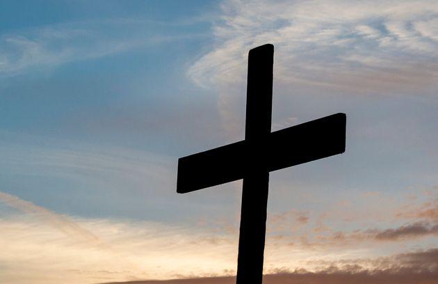 사우디아라비아가 사형수를 십자가에