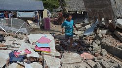 Indonésie: Le bilan du violent séisme de Lombok grimpe à 436