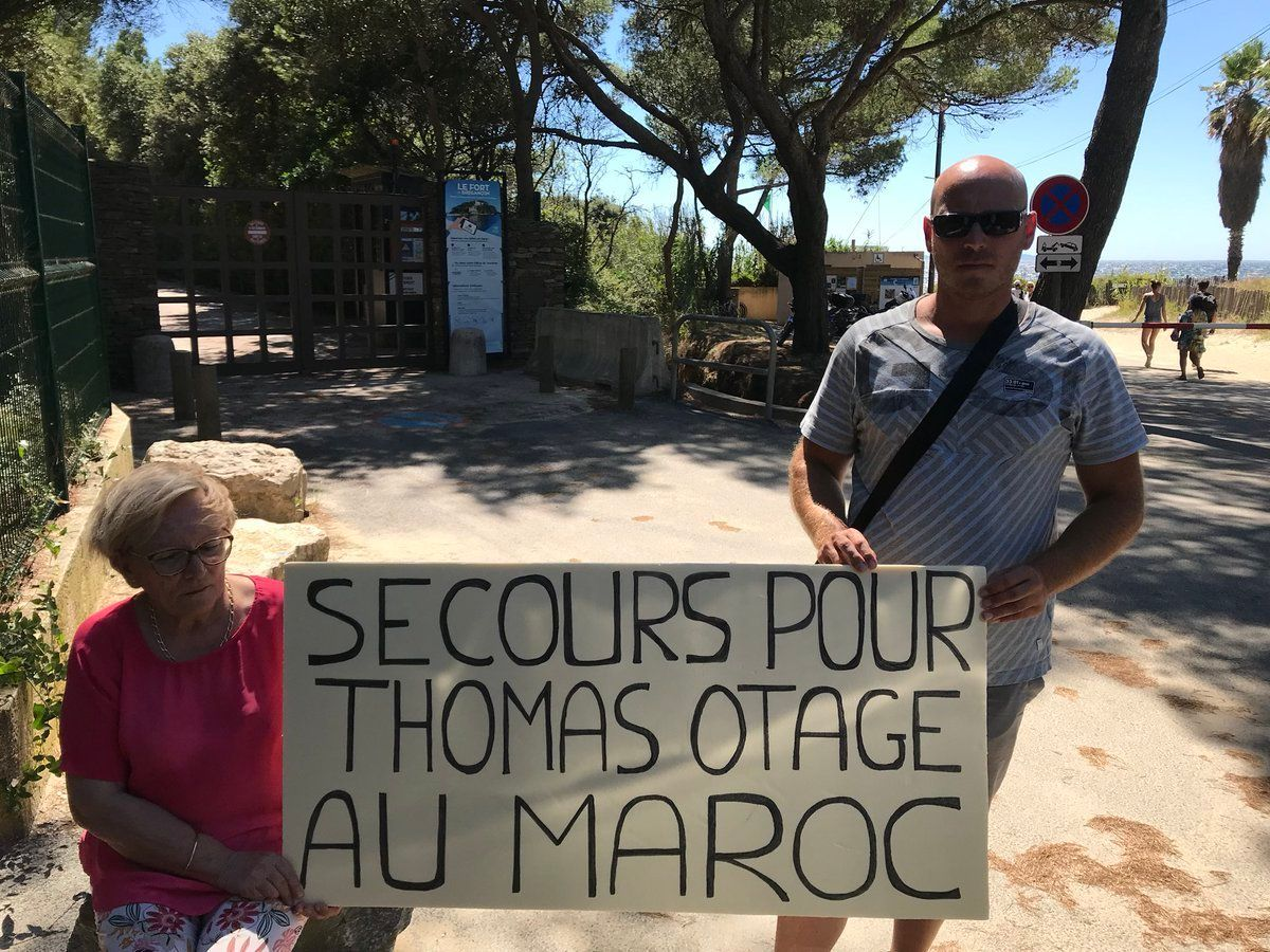France: Emmanuel Macron reçoit la mère d'un Français emprisonné au Maroc pour