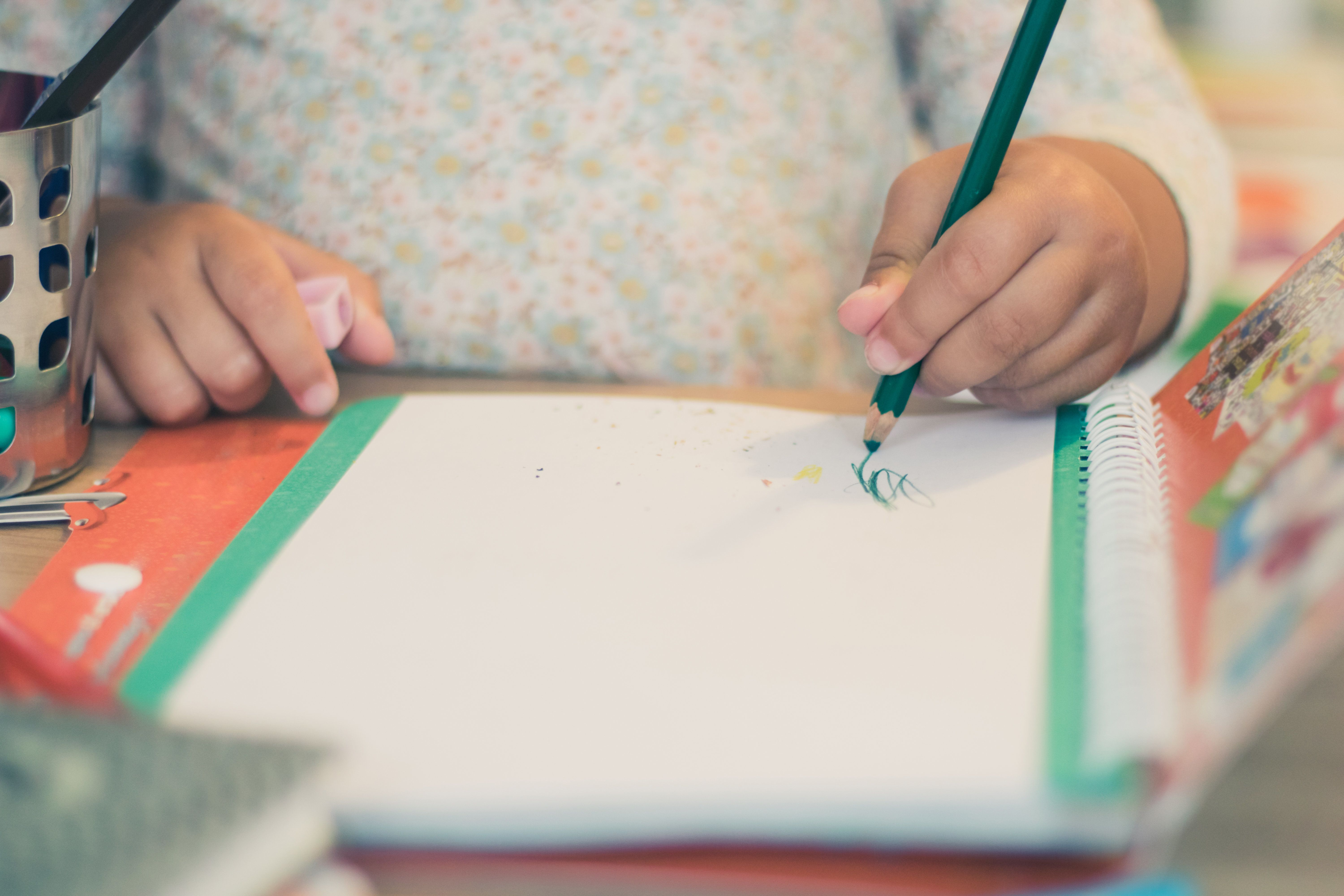 Left Handers Day: Ditch Fountain Pens And More Tips For Parents Of Left-Handed