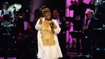 Singer Aretha Franklin performing at VH1 Divas Live.  (Photo by Marion Curtis/DMI/The LIFE Picture Collection/Getty Images)