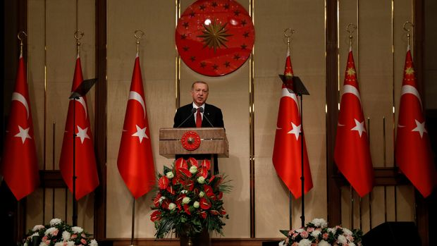 Turkish President Tayyip Erdogan makes a speech during a ceremony marking the second anniversary of the attempted coup at the Presidential Palace in Ankara, Turkey, July 15, 2018. REUTERS/Umit Bektas
