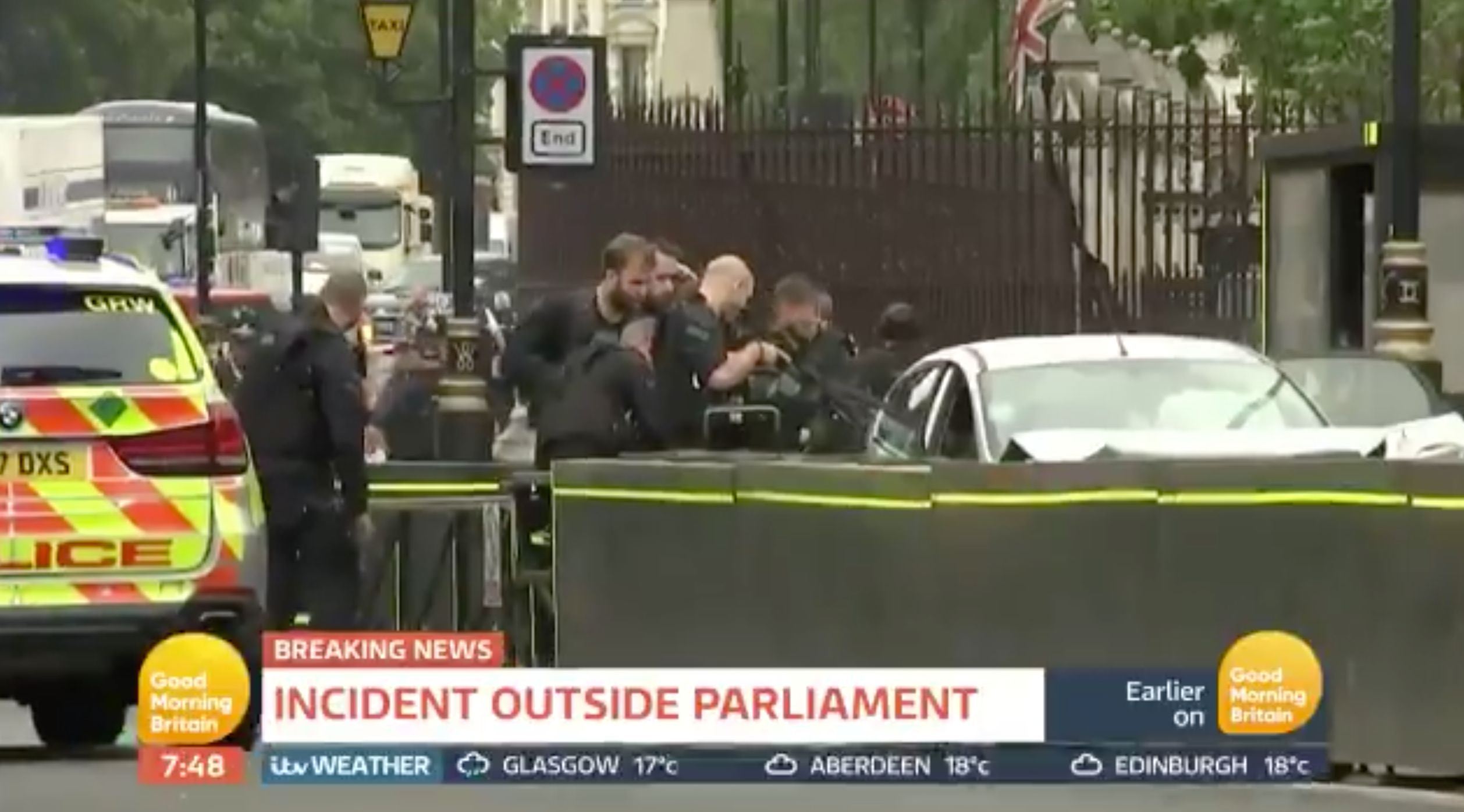 Car crashes into British Parliament barriers, pedestrians hit