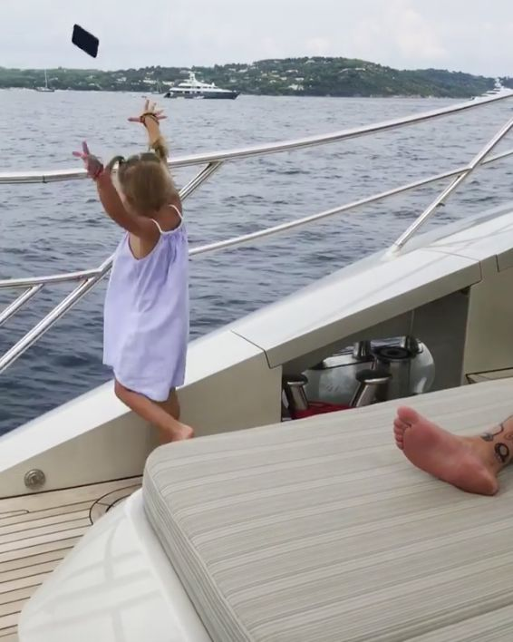 Girl Throws Dad's Phone In Sea 'Because He Uses It Too