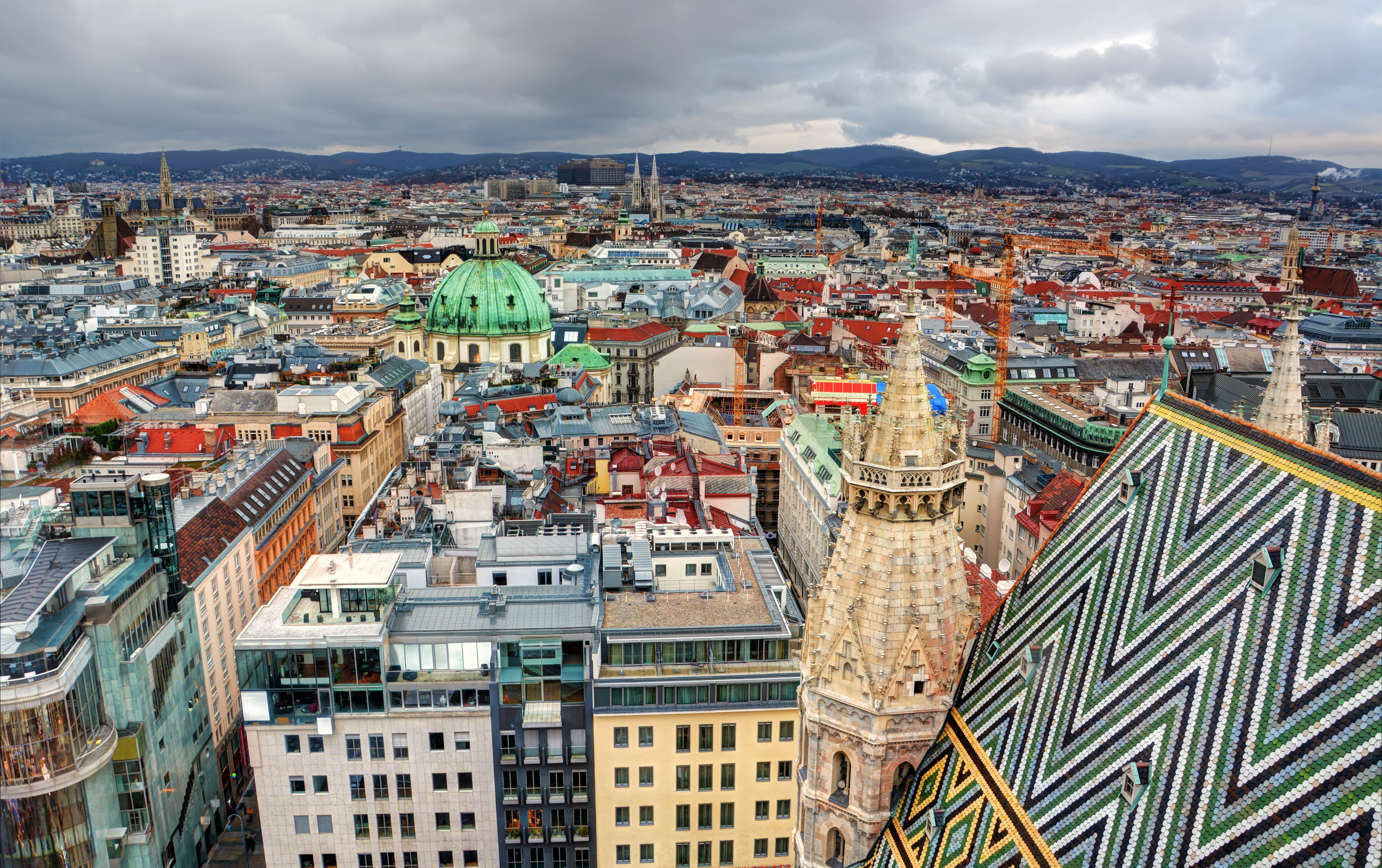 FANCY MOVING? Vienna Tops List of World's 10 Most Liveable