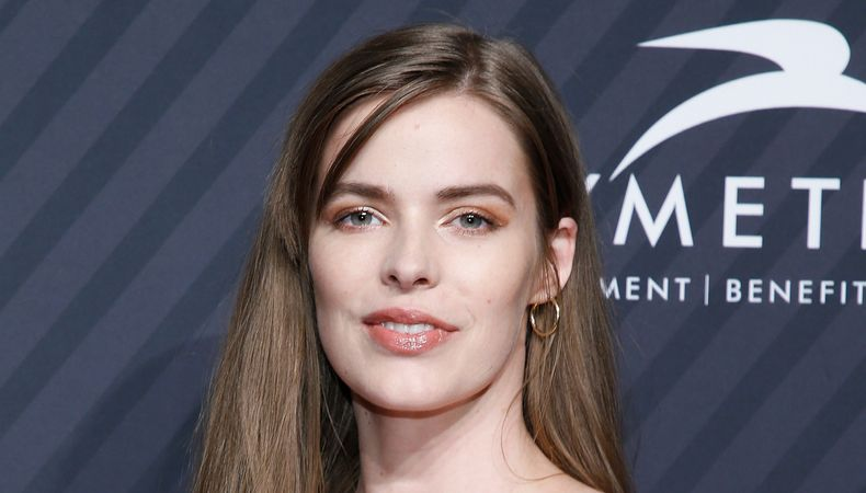 716090a4d28 Model Robyn Lawley Reveals Her Scars After Seizure