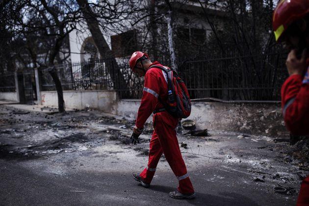 Στους 96 οι νεκροί από την πυρκαγιά στην Ανατολική