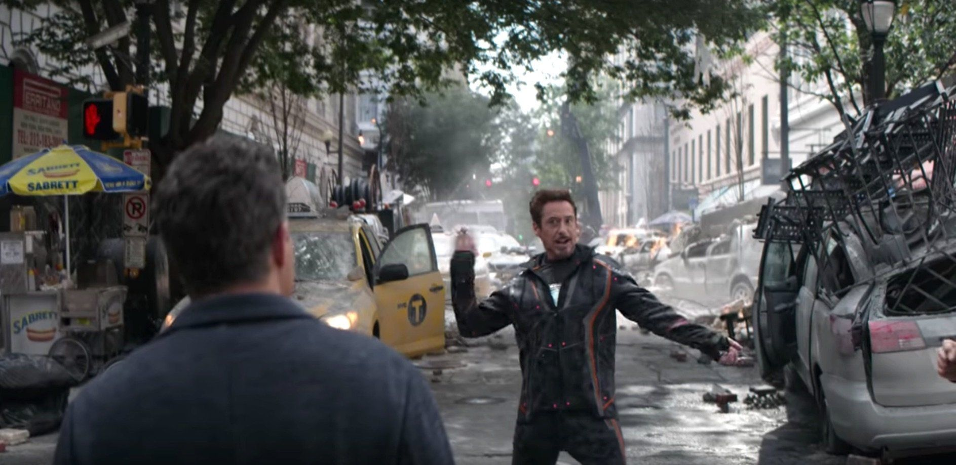 'Avengers: Infinity War' Bloopers And Gags Are Destructively
