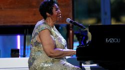 Aretha Franklin's Family Thank Fans For Outpouring Of Support As She Remains 'Seriously