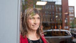 Η Κριστίν Χόλκιστ είναι η πρώτη διεμφυλική υποψήφια κυβερνήτης που γράφει