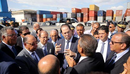 Le chef du gouvernement inspecte l'avancée des réformes engagées au port de