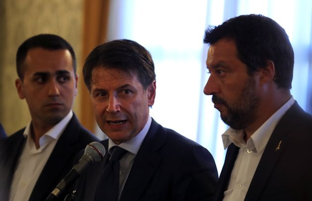 Eθνικό πένθος ανακοινώνει η ιταλική κυβέρνηση για την τραγωδία της Γένοβας