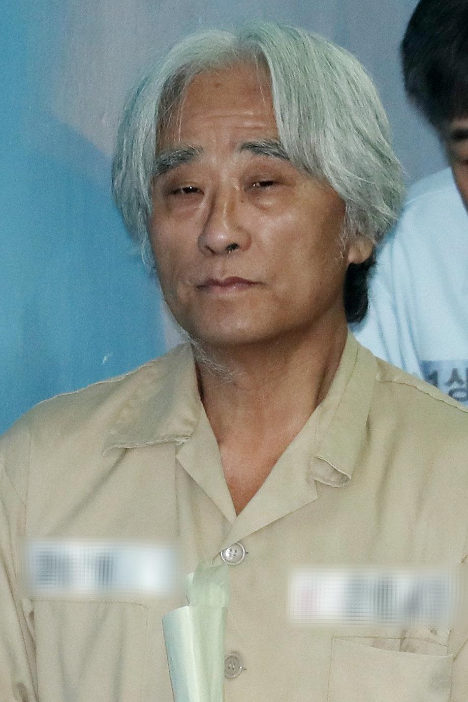 이윤택·김기덕 피해자들이 안희정 무죄 선고에 보인