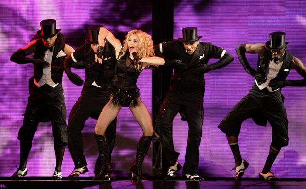 Τα 5 στοιχεία που αποδεικνύουν ότι η Madonna δεν είναι τυχαία η βασίλισσα της