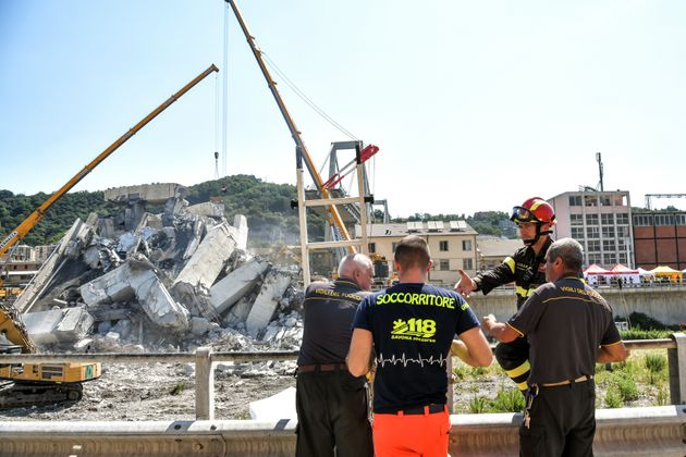 Κατάρρευση οδογέφυρας στη Γένοβα: Η Ευρωπαϊκή Επιτροπή απαντά στις επικρίσεις της ιταλικής