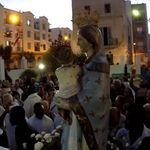 La procession de la Madone: La tradition chrétienne revit à la