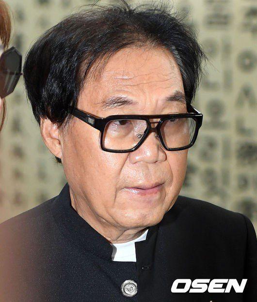 """[종합] '대작 사기' 조영남, 항소심 무죄..""""작품활동 계속할"""