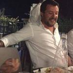 Effondrement du pont Morandi à Gênes: les photos de Salvini en pleine fête font