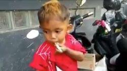 Zweijähriger raucht 40 Zigaretten am Tag – deshalb lässt es seine Mutter