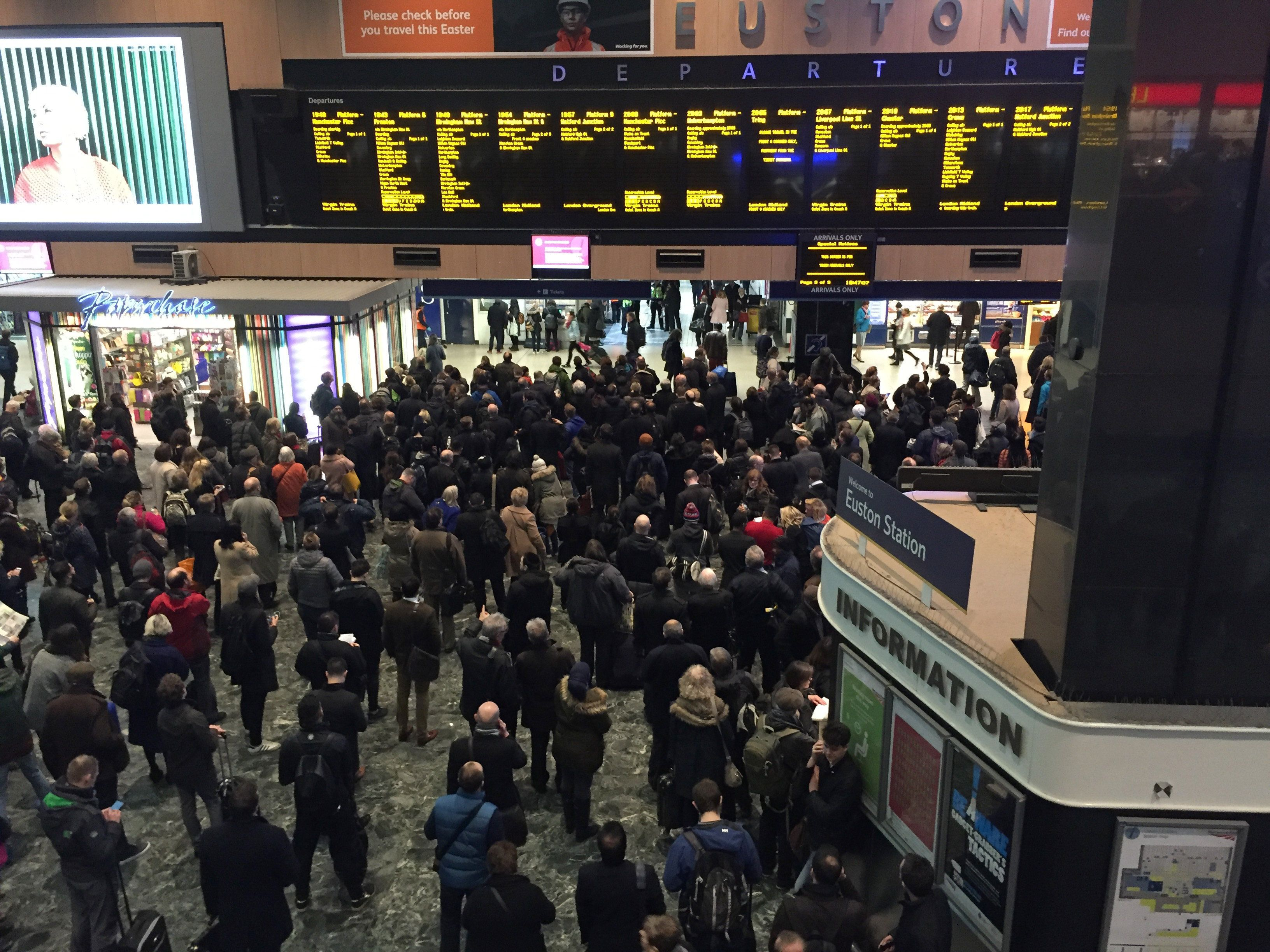 Euston Station Closed For Next Three Weekends – Including Bank Holiday Monday