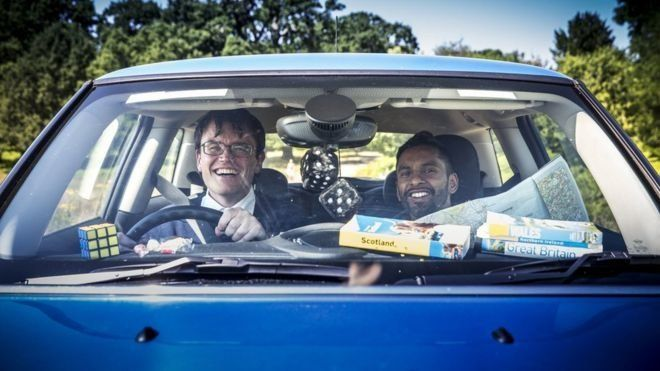 Eric Monkman (left) and Bobby Seagull.