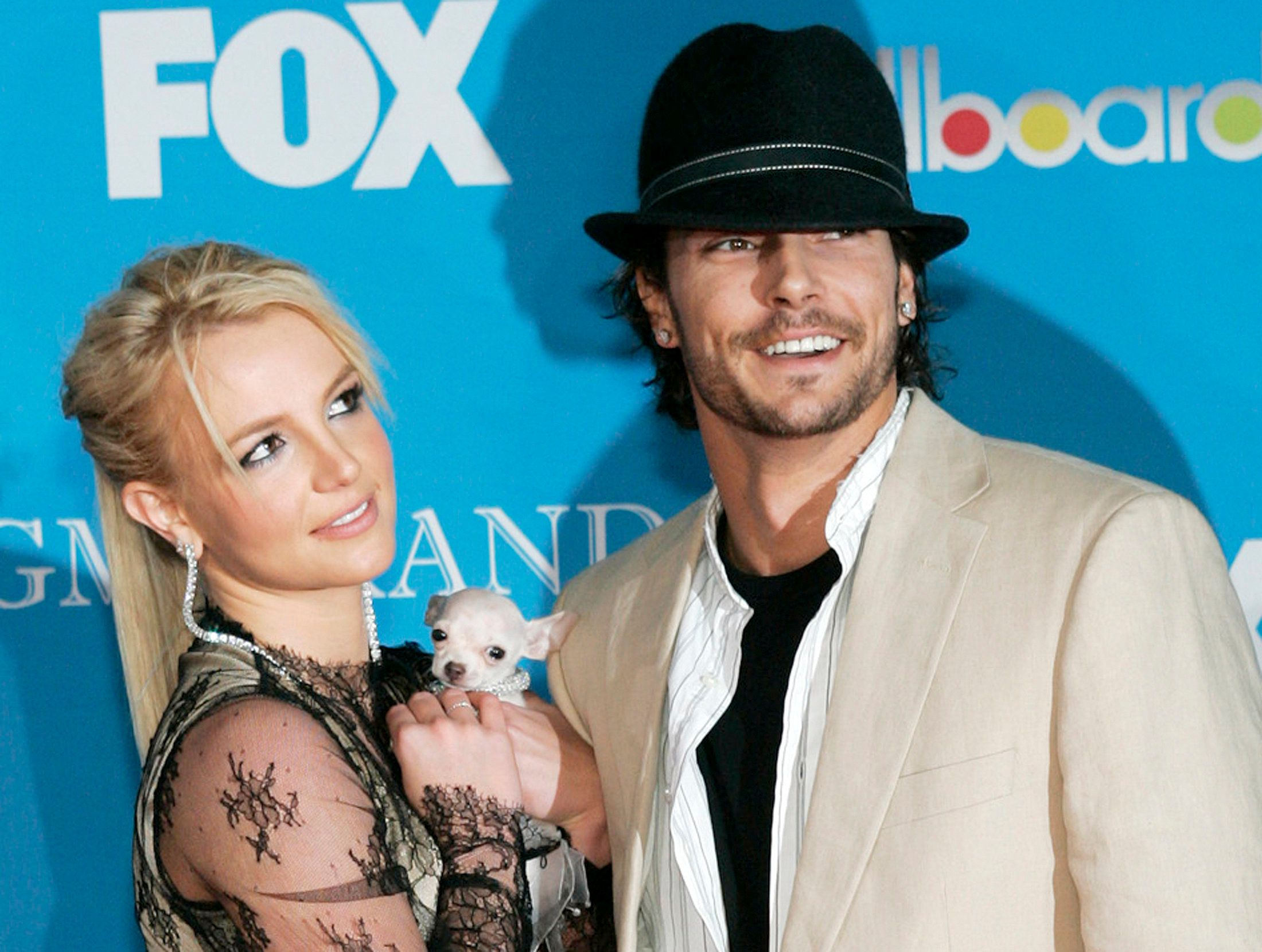 Britney Spears and Kevin Federline arrive for the 2004 Billboard Music Awards.
