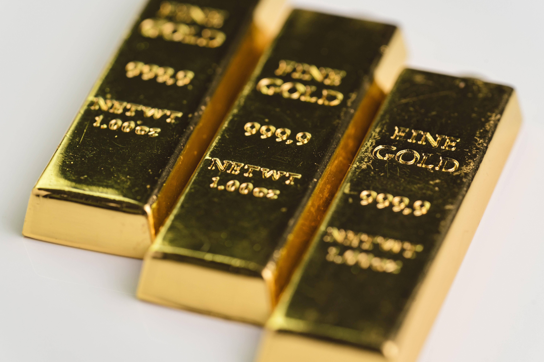 18-Jähriger verkauft der Bank 259 falsche Goldbarren – die will noch