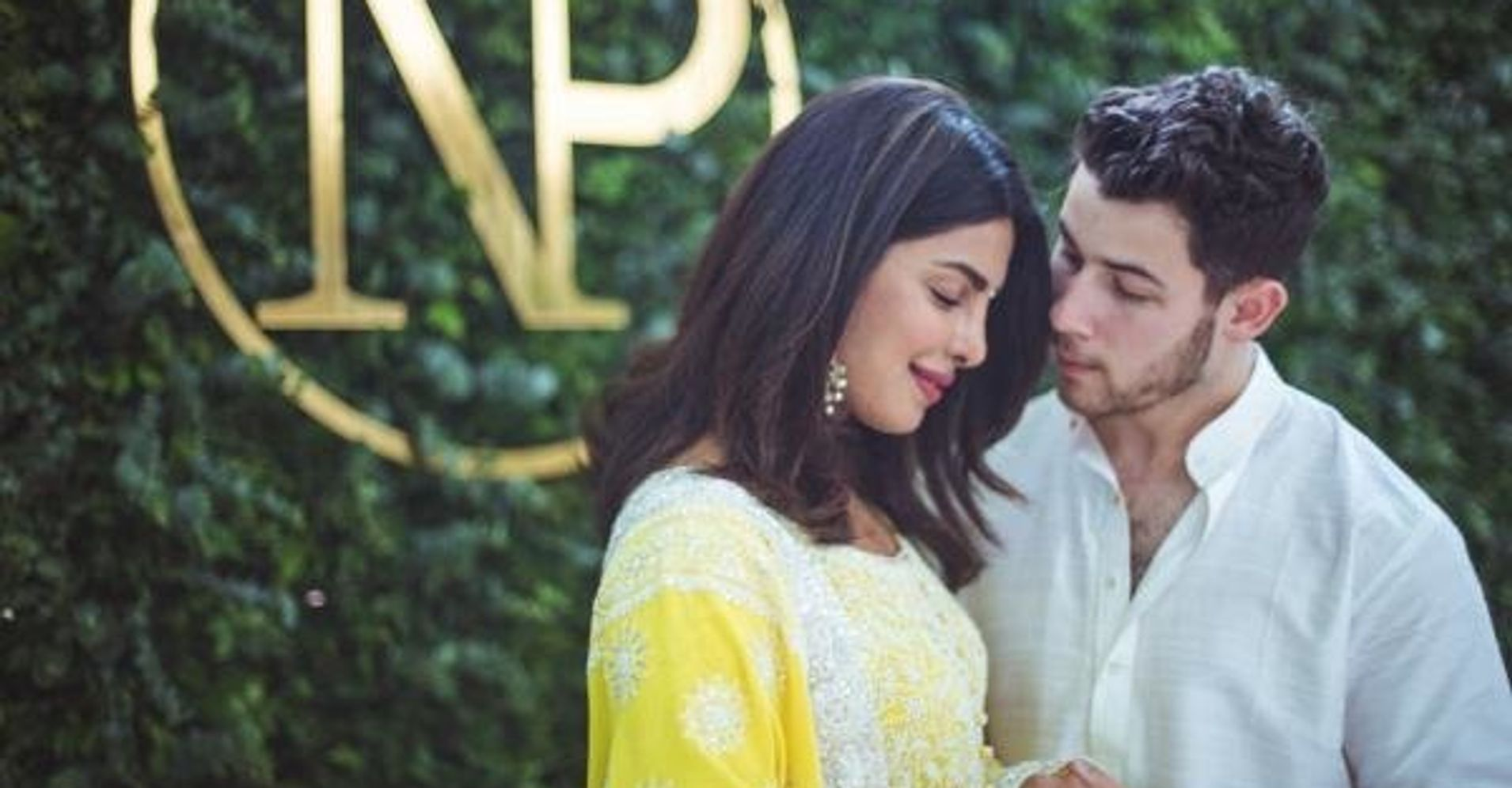 Priyanka Chopra And Nick Jonas Celebrate Engagement In Beautiful Hindu Ceremony