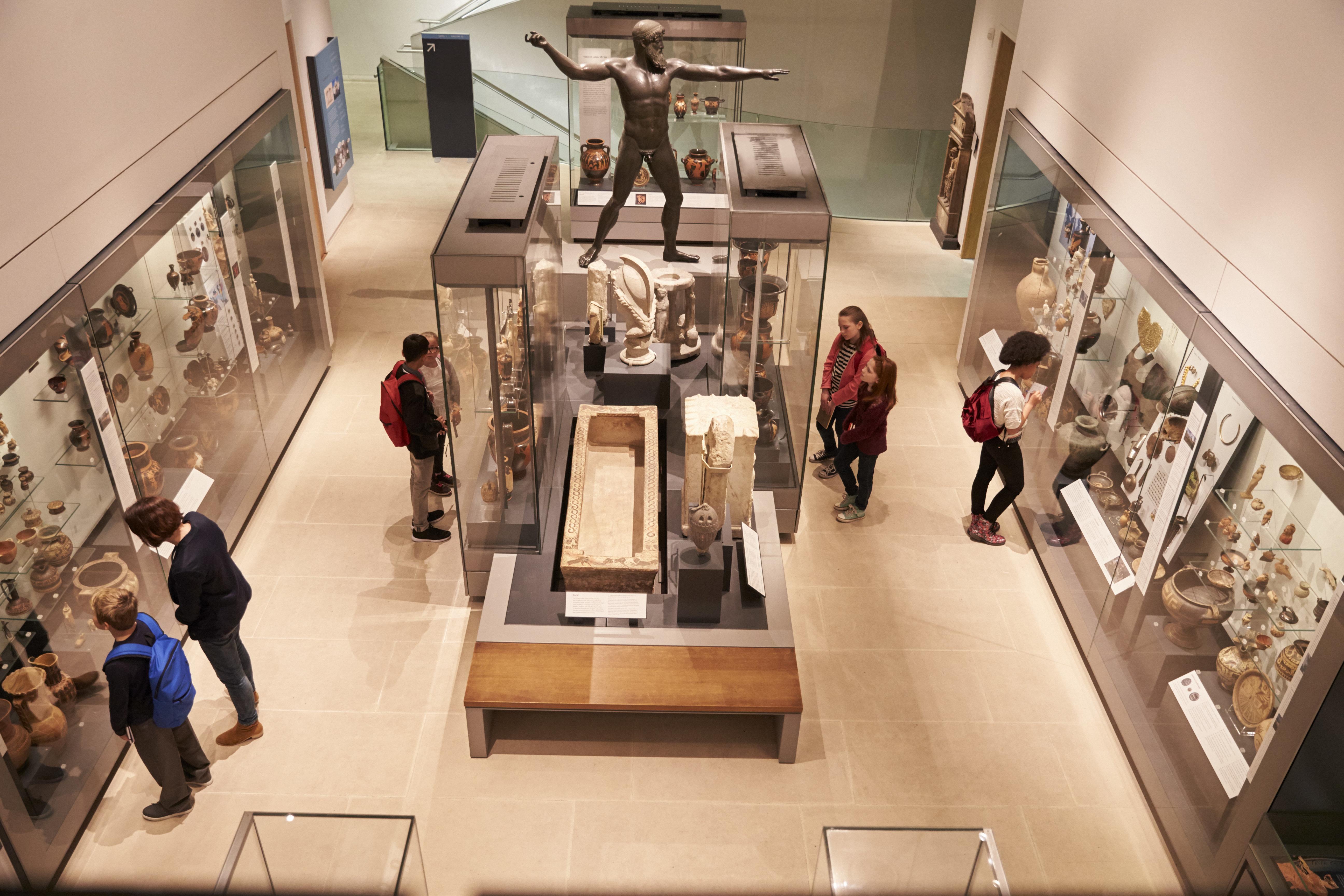 Τα ευρωπαϊκά μουσεία είναι φτιαγμένα από