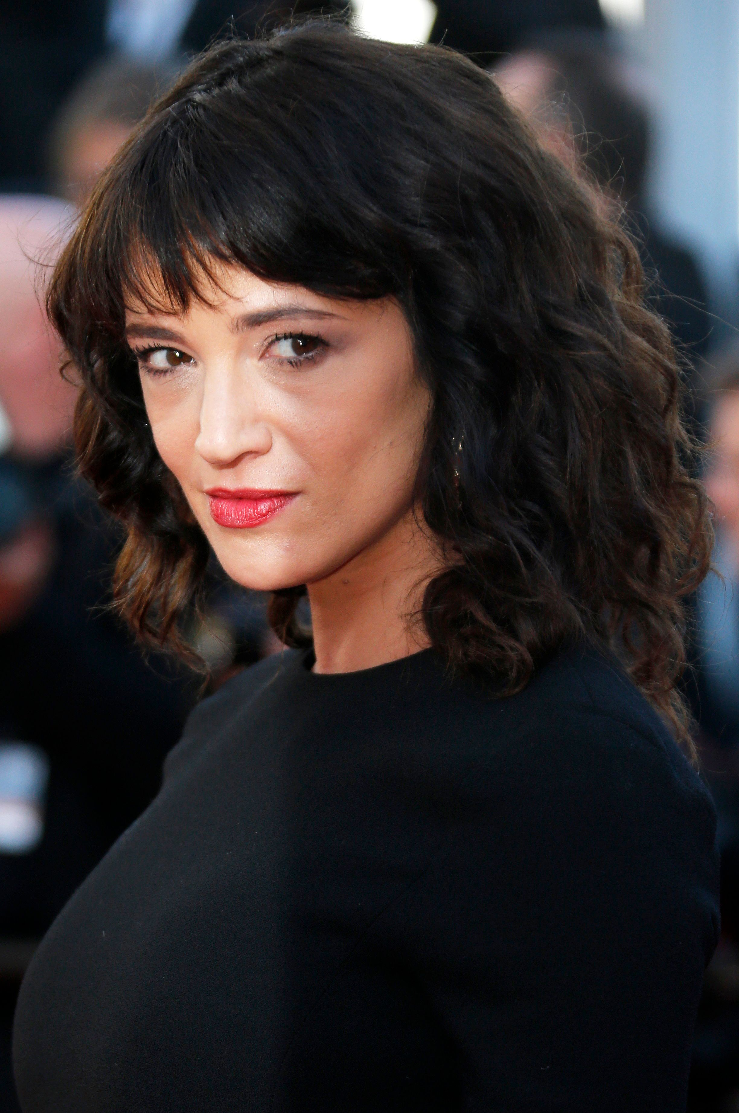 """Actress/director<a href=""""https://www.huffingtonpost.com/topic/asia-argento"""" target=""""_blank"""">Asia Argento</a>repor"""