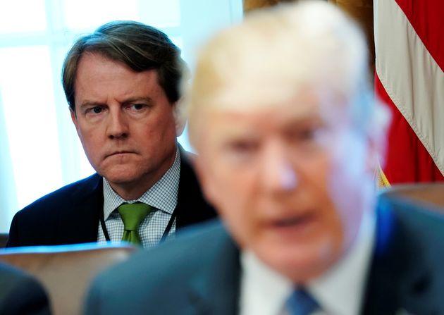'백악관 고문 특검 수사 협조중' 보도에 트럼프가