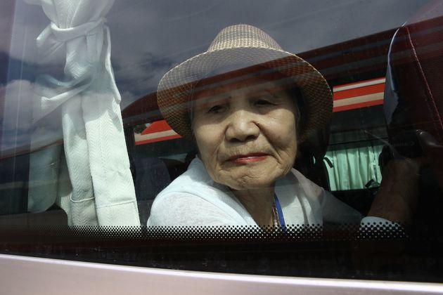 Επίσκεψη 89 ηλικιωμένων Νοτιοκορεατών στη Βόρεια Κορέα για να δουν συγγενείς από τους οποίους