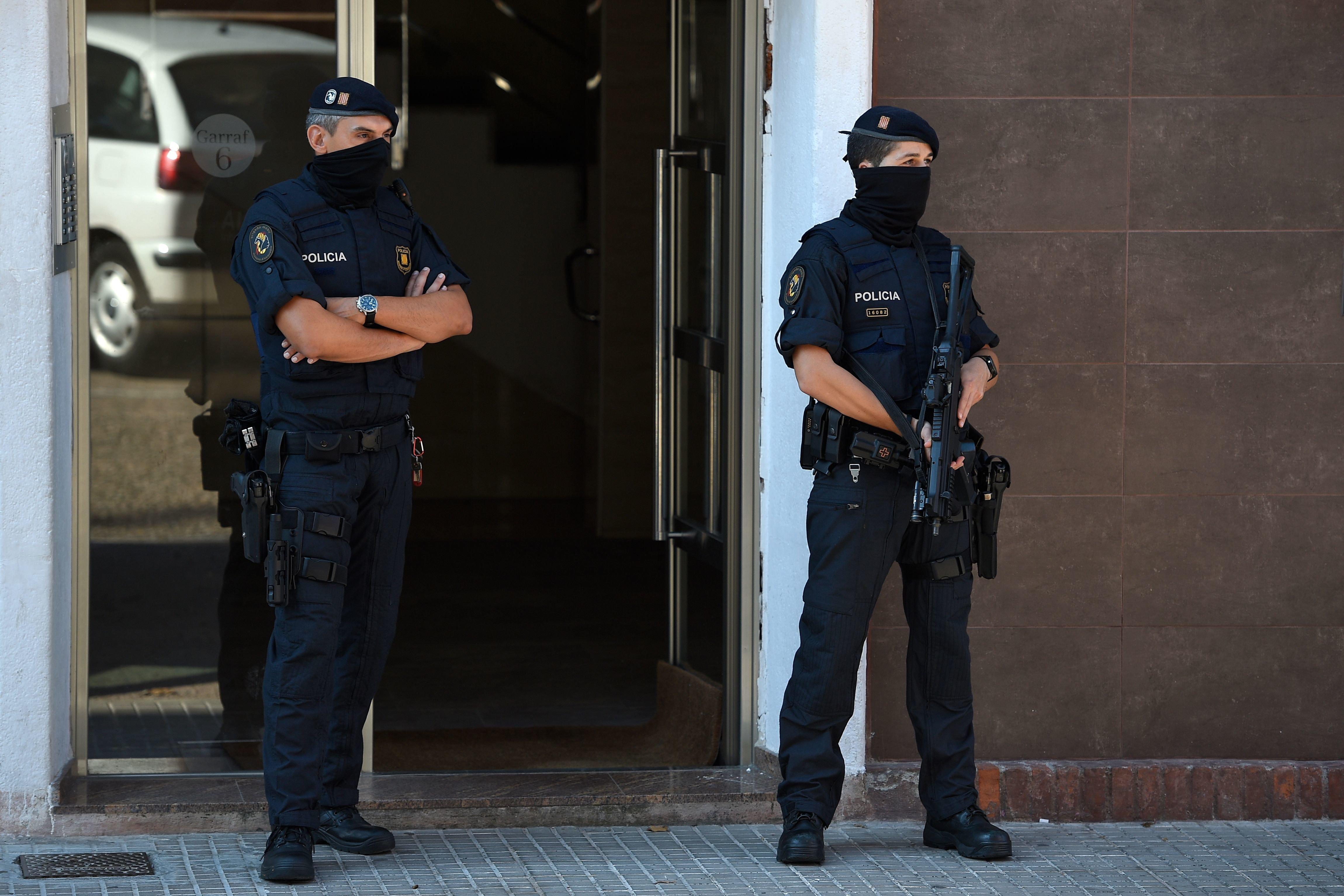 Man Shot Dead After Knife Attack At Barcelona Police