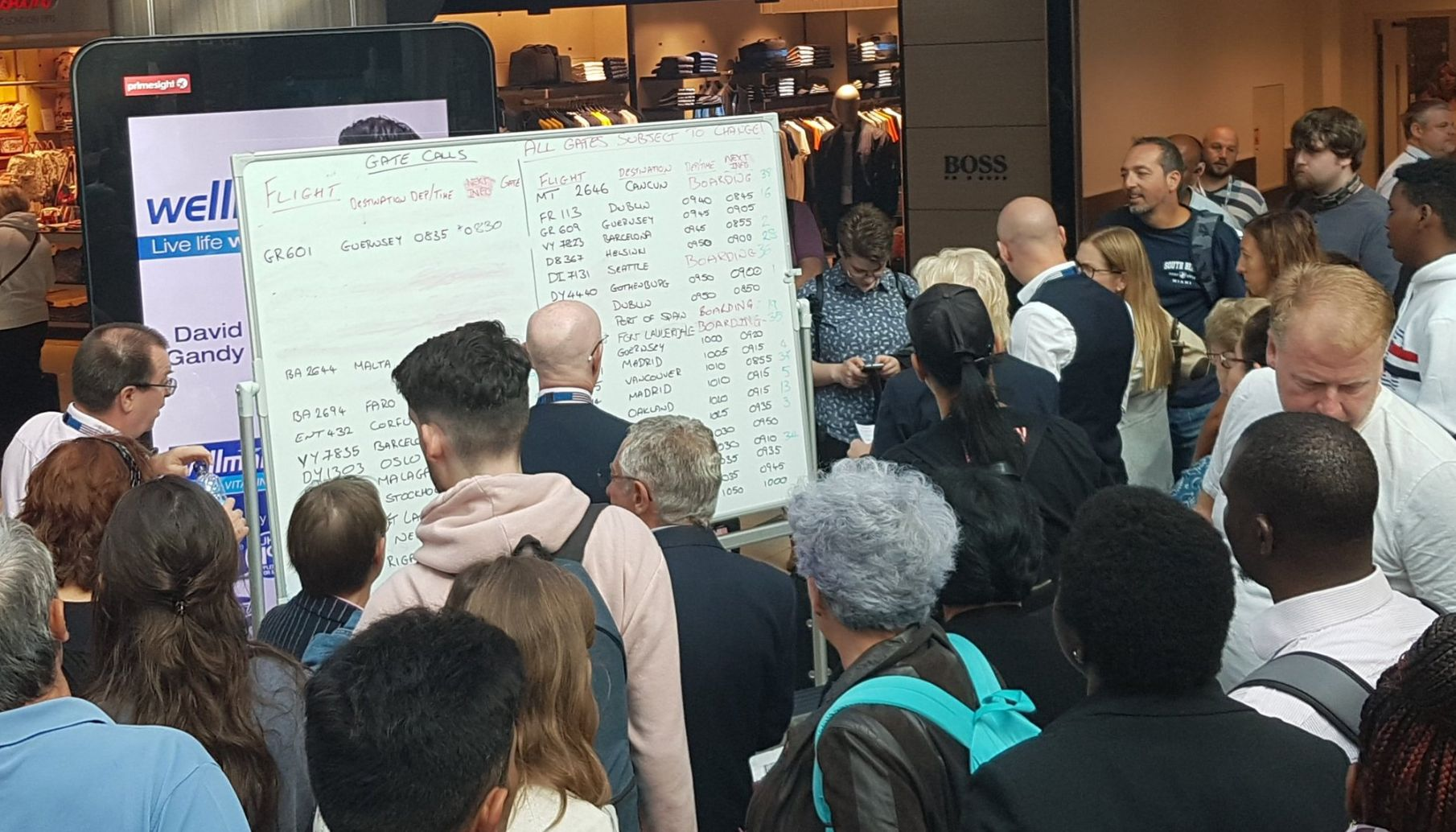 Gatwick Forced To Write Flight Times On Whiteboards As Screens