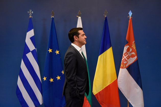 Malgré la sortie de la Grèce des plans d'aide, pourquoi l'UE (et l'euro) ne sont pas au bout de leurs