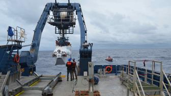A deep-sea submersible launch from R/V Alvin off the coast of Delaware on Monday August 20 2018 A research team has planned 12 dives over the next two weeks to explore and study deep ocean ecosystems off the southeast coast