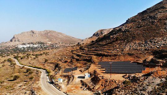 Ποιο είναι το ελληνικό νησί που πρωτοπορεί και γίνεται το πρώτο ενεργειακά αυτόνομο στη