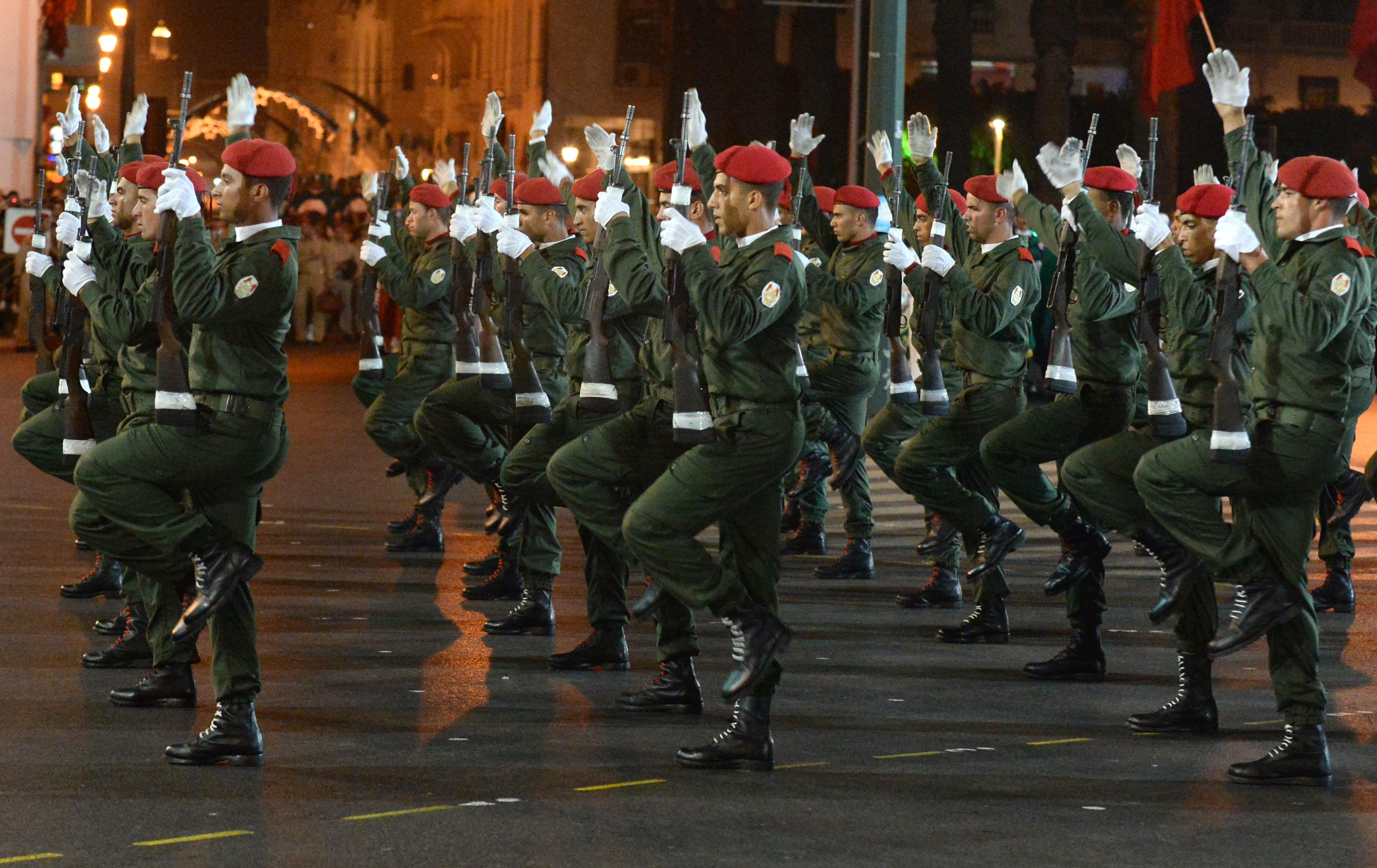 Le service militaire obligatoire va être rétabli — Maroc