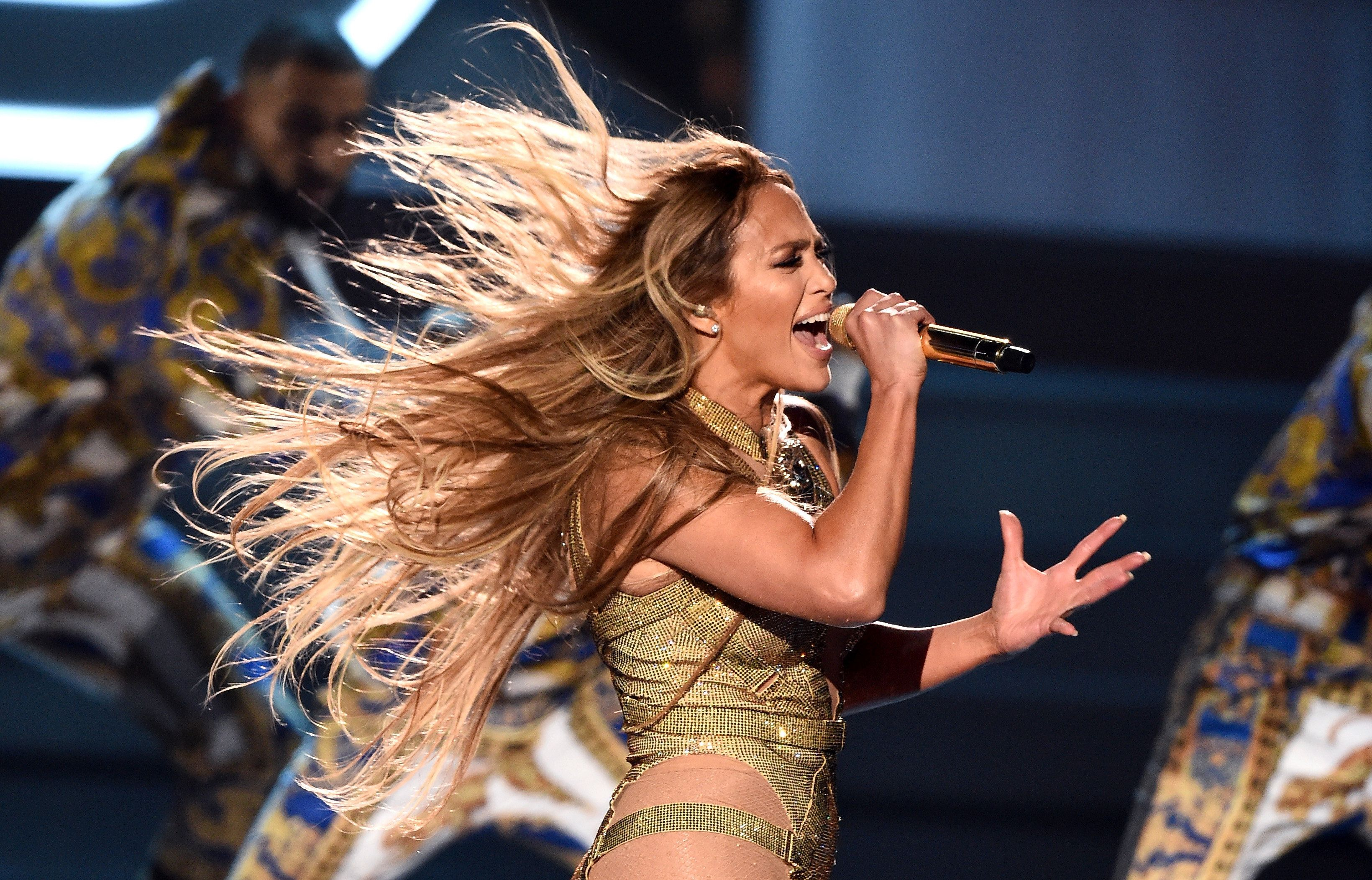 NEW YORK, NY - AUGUST 20:  Jennifer Lopez performs onstage during the 2018 MTV Video Music Awards at Radio City Music Hall on August 20, 2018 in New York City.  (Photo by Michael Loccisano/Getty Images for MTV)