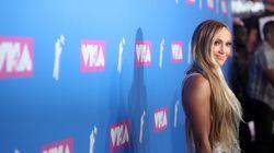 Η Τζένιφερ Λόπεζ κατέκτησε τη σκηνή των βραβείων MTV με το χορό