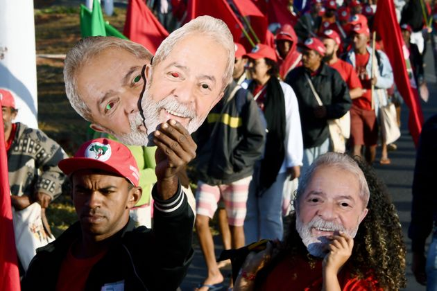 옥중의 룰라가 브라질 대선 후보 지지도 설문조사에서 1위를