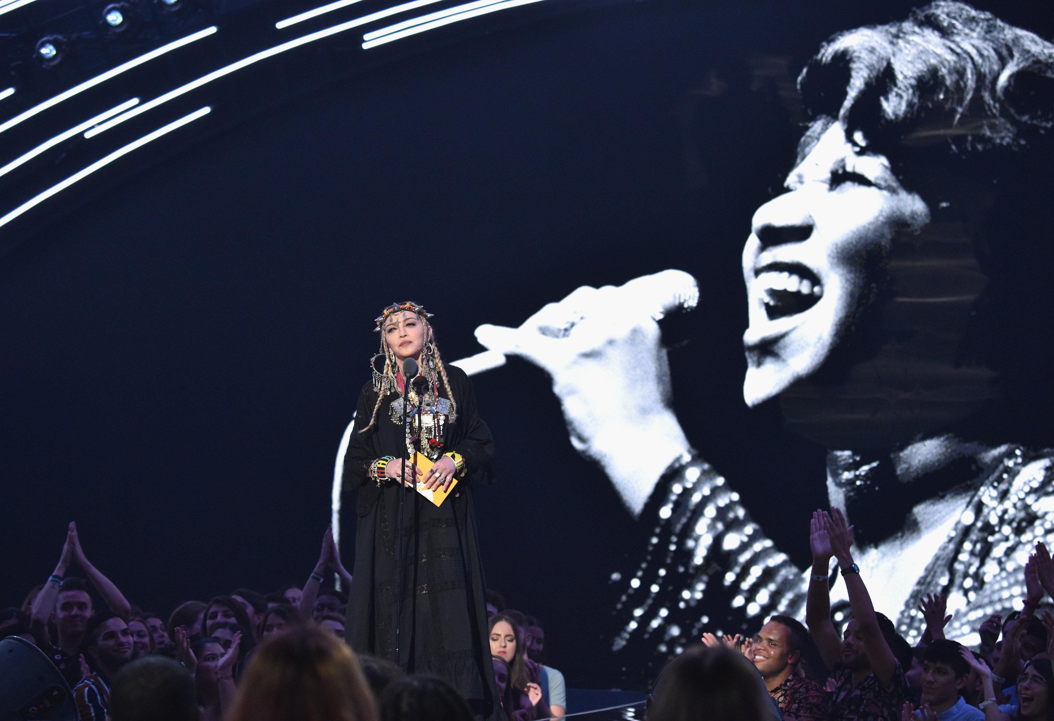 MTV VMAs: Madonna blamiert sich bei Preisverleihung vor